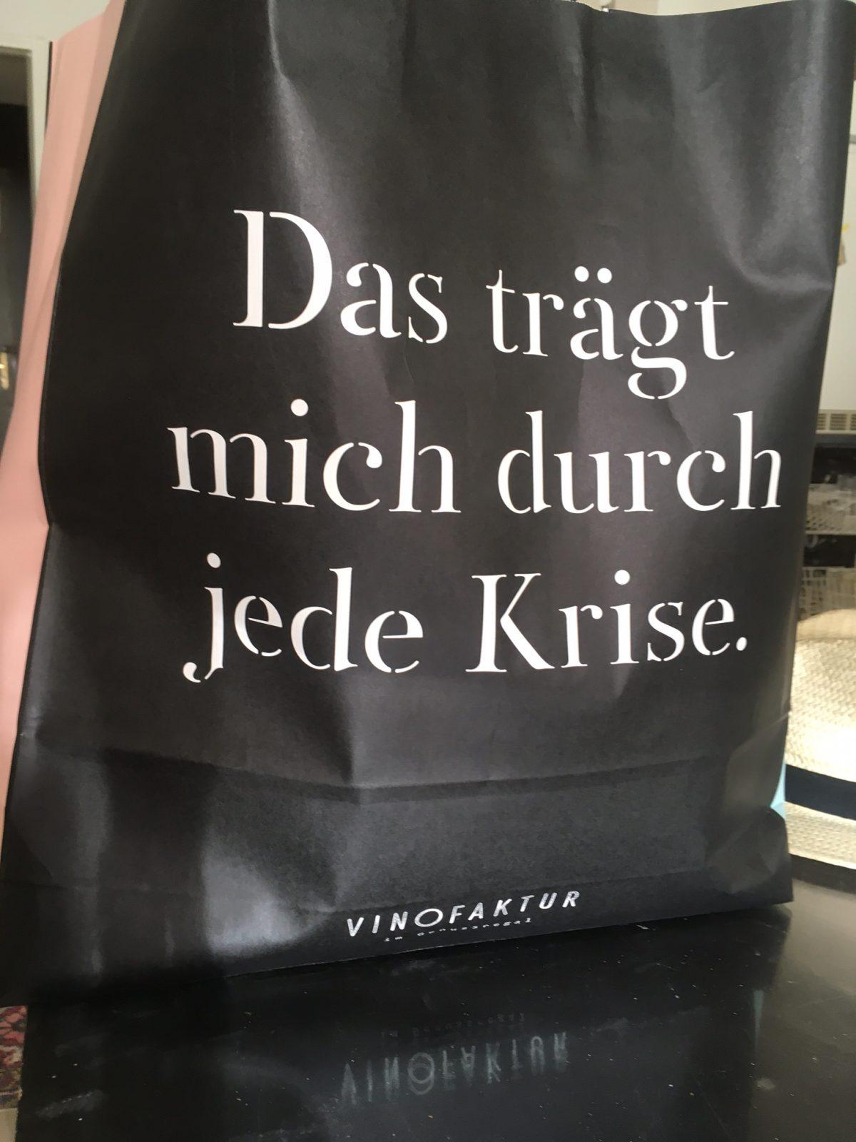 Die Vinofaktur im Genuss-Regal.